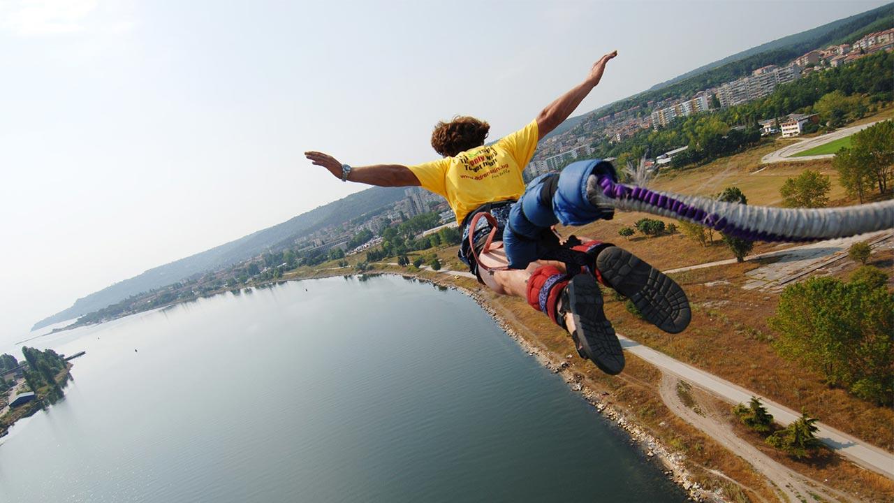 Клуб Адреналин и бънджи скокове във Варна