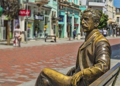 Dabko Dabkov Statue in Varna