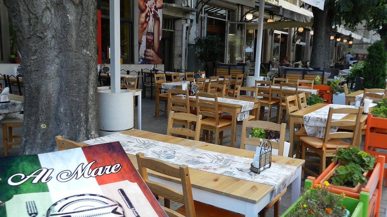 Pizza Bar La Casa al Mare in Varna