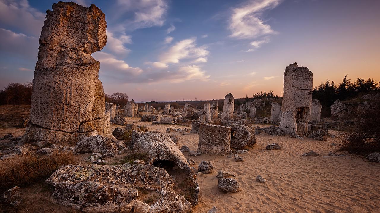 Побити камъни във Варна