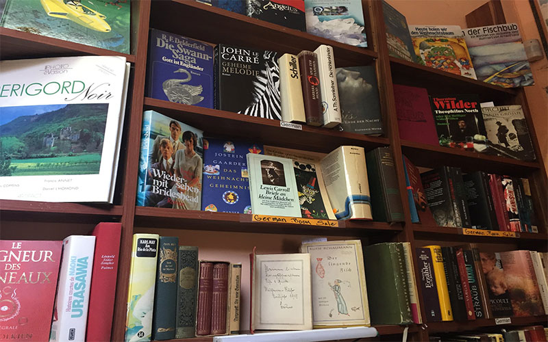 Shakespeare and Friends Bookshop in Varna