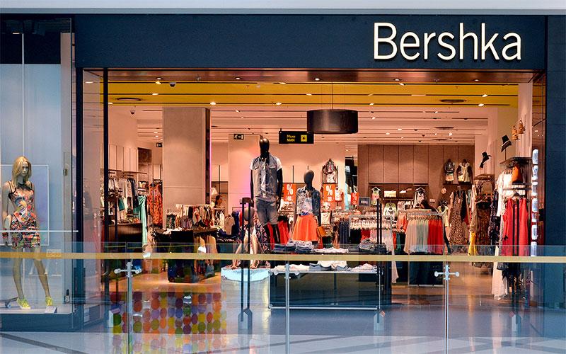 Shops in Grand Mall Varna