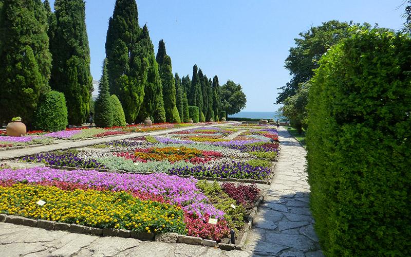 Ботаническите градини в Балчик