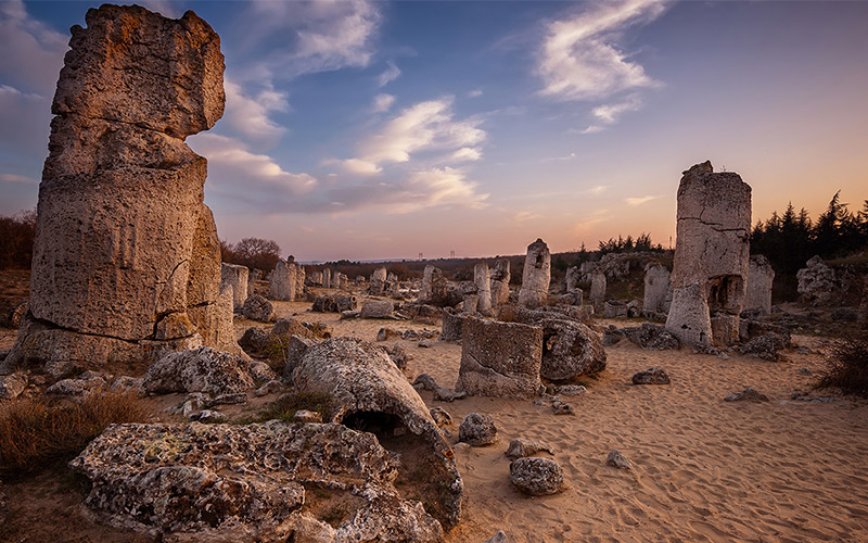 Побити камъни край Варна