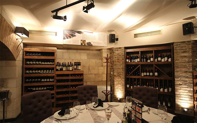di Wine Restaurant and Cellar Varna