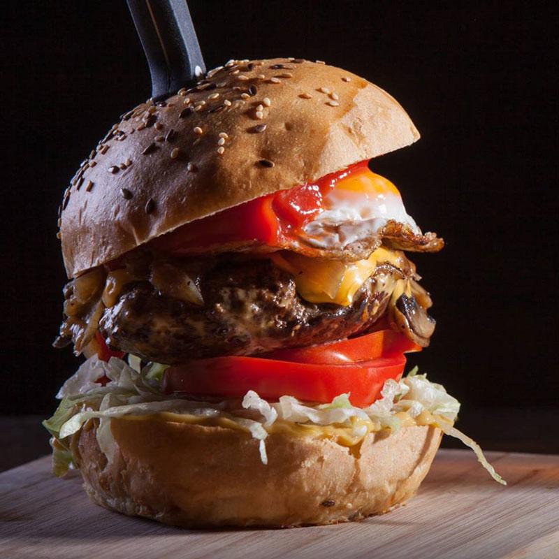 Corner's burgers and more Varna