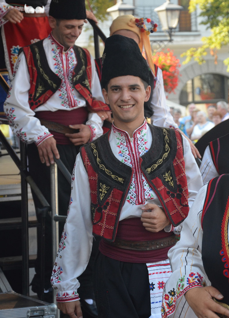 Men's traditional folk costumes, Bulgaria